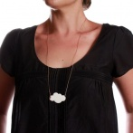 Nuage long necklace white Over