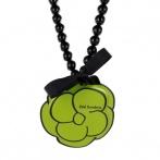 Camelia necklace green