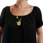 Un petit coin perdu necklace Over