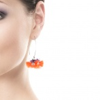Pompom earrings Over