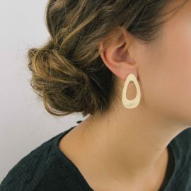Boucles d'oreilles menhir or - Ras