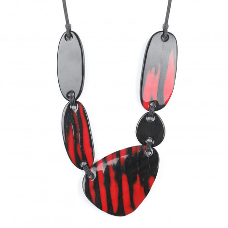 Collier Magma