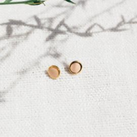 CONFETTIS stud earrings/peach Confettis - Olivolga