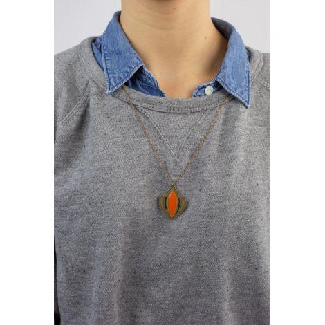 Half long necklace VENUS