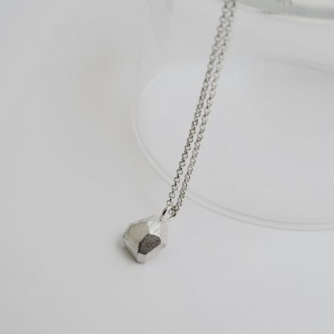 Silver Facet necklace