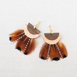 TERRACOTTA earrings with feather and leather -