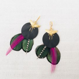 ROXIE earrings with feather and leather -