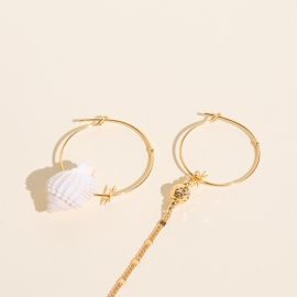 Asymmetrical shell hoop earrings - Rosekafé