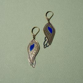 Boucles d'oreiles Douce Plume émaillage bleu klein - Amélie Blaise