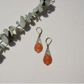 Orange wood kaleidoscope sleeper earrings - Amélie Blaise