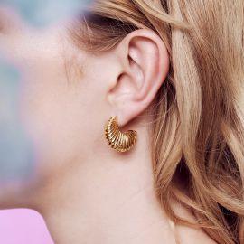 Milles Étoiles Boucles d'oreilles créoles tiges motif godron - Les Néréides