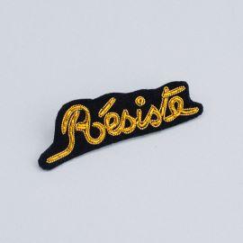 Résiste brooch (Box size M) -