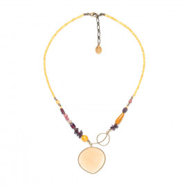necklace with golden capiz pendant and garnet Gardenia - Nature Bijoux