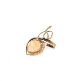 brass ring with golden capiz Gardenia - Nature Bijoux